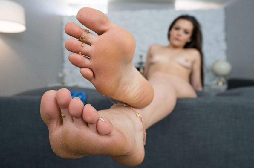 sexy vr foot fetish video