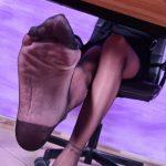 Daniela offering her sexy feet for pleasure